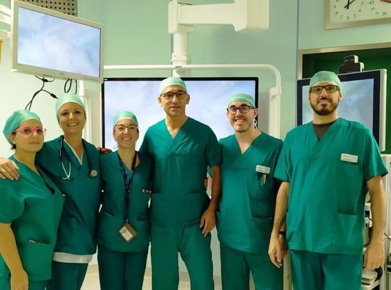 Operata di tumore con un intervento di chirurgia laparoscopica in 3D